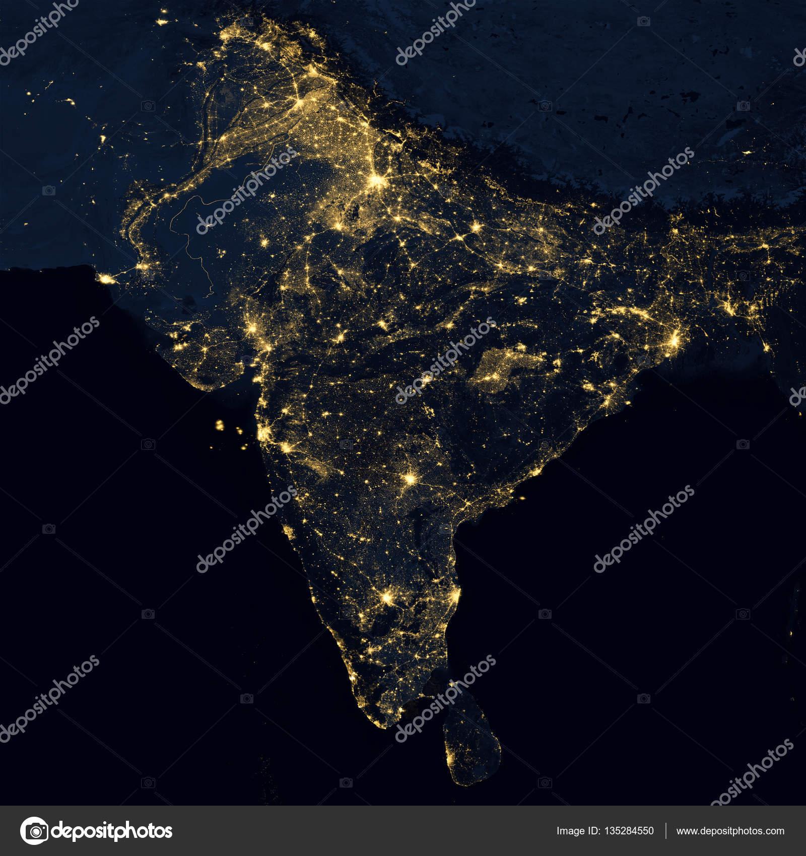 Luces de la ciudad en el mapa del mundo india foto de stock luces de la ciudad en el mapa del mundo india elementos de esta imagen son equipados por la nasa foto de nasaage gumiabroncs Images