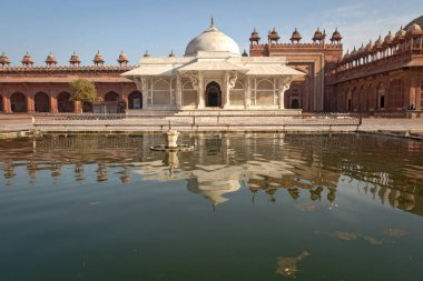 Beautiful Mughal Indian architecture - Salim Chisti tomb at Fatehpur Sikri Agra.