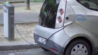 Renault Zoe Elektrische Auto Opladen Up In Een Straat In Nice