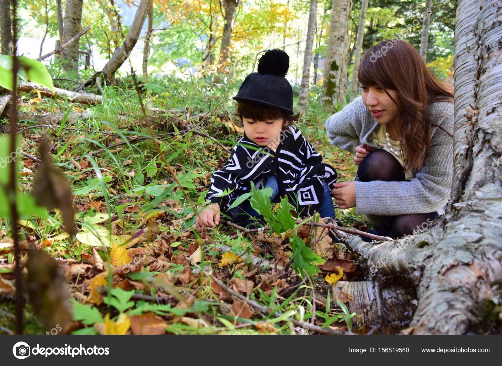 Японская мама учит сына, Японская мама учит - видео likes Hi-Hit 19 фотография