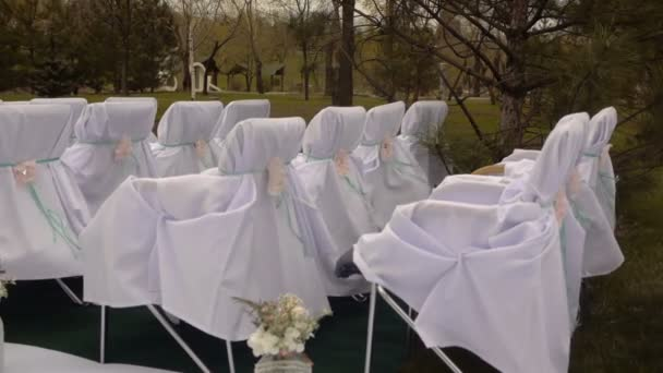 Marvelous Bad Windy Weather At The Time Of The Wedding Ceremony White Wooden Chairs Wedding Aisle Decor Outdoors Wedding Ceremony Many Flowers Floristry Frankydiablos Diy Chair Ideas Frankydiabloscom