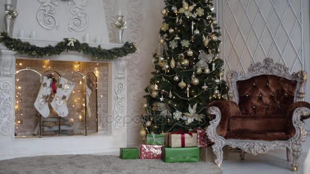 Krb s vánoční strom