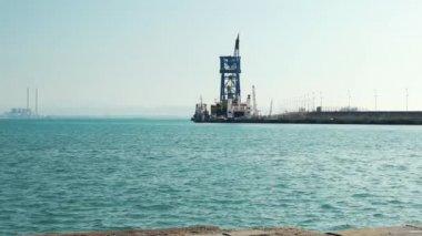Zpomalené video námořního přístavu Piombina, Toskánsko, Itálie, HD
