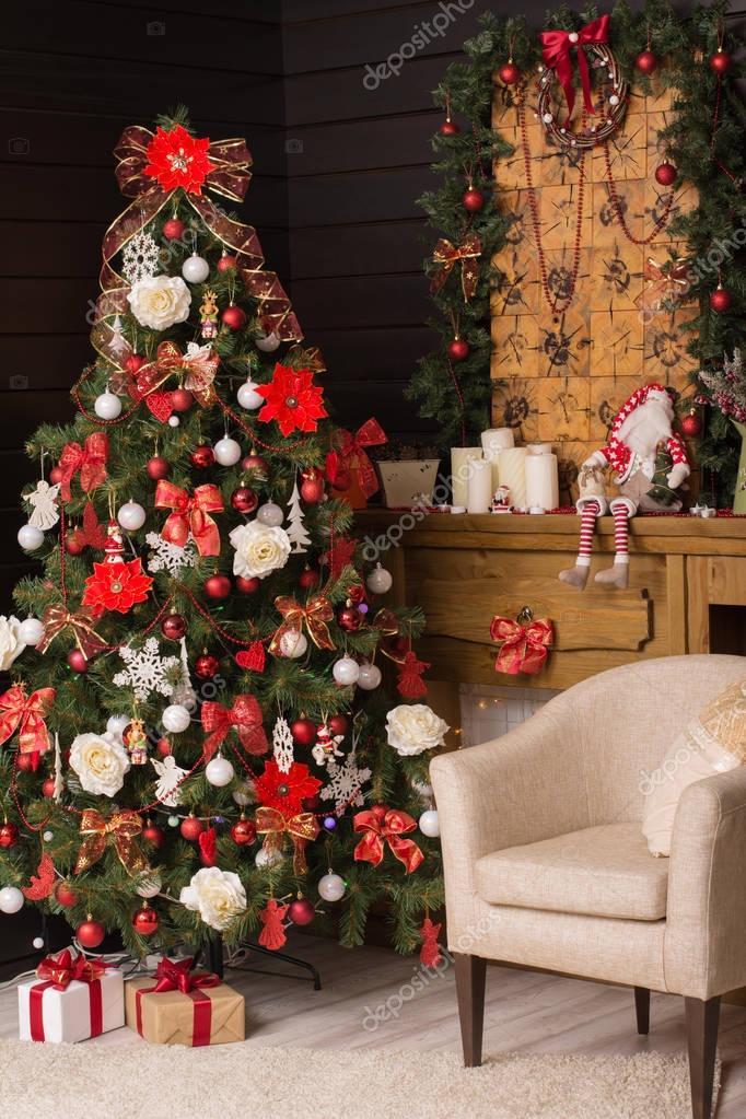 Fotos decoraciones navide as con rbol de navidad con - Fotos de decoraciones de navidad ...