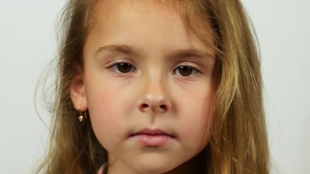 Extrémně detailní záběr portrét dívky.