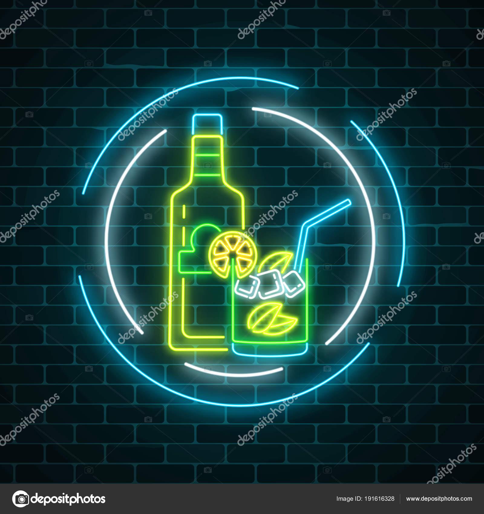 Muestra de neón del bar de tequila con botella y Copa de cristal en ...