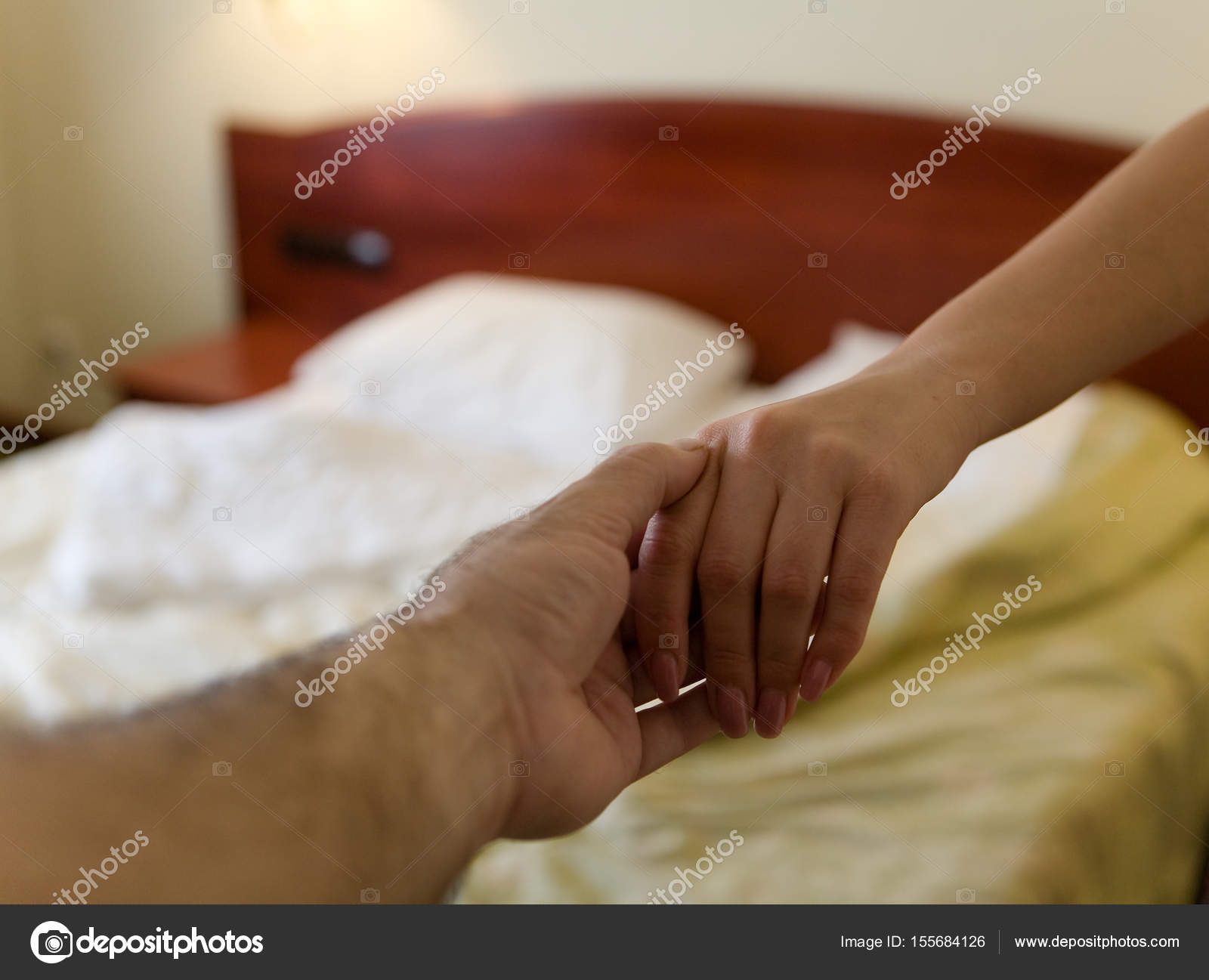 Wie man Frauen im Bett verführt