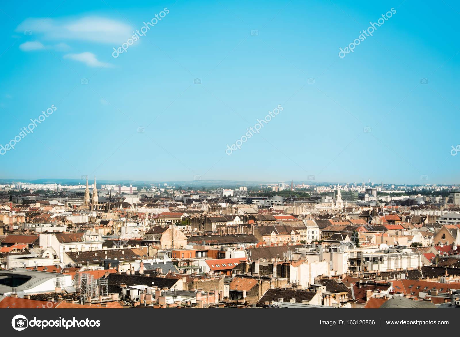 Tegel Met Tekst : Mooie luchtfoto uitzicht over de daken van boedapest oude oranje