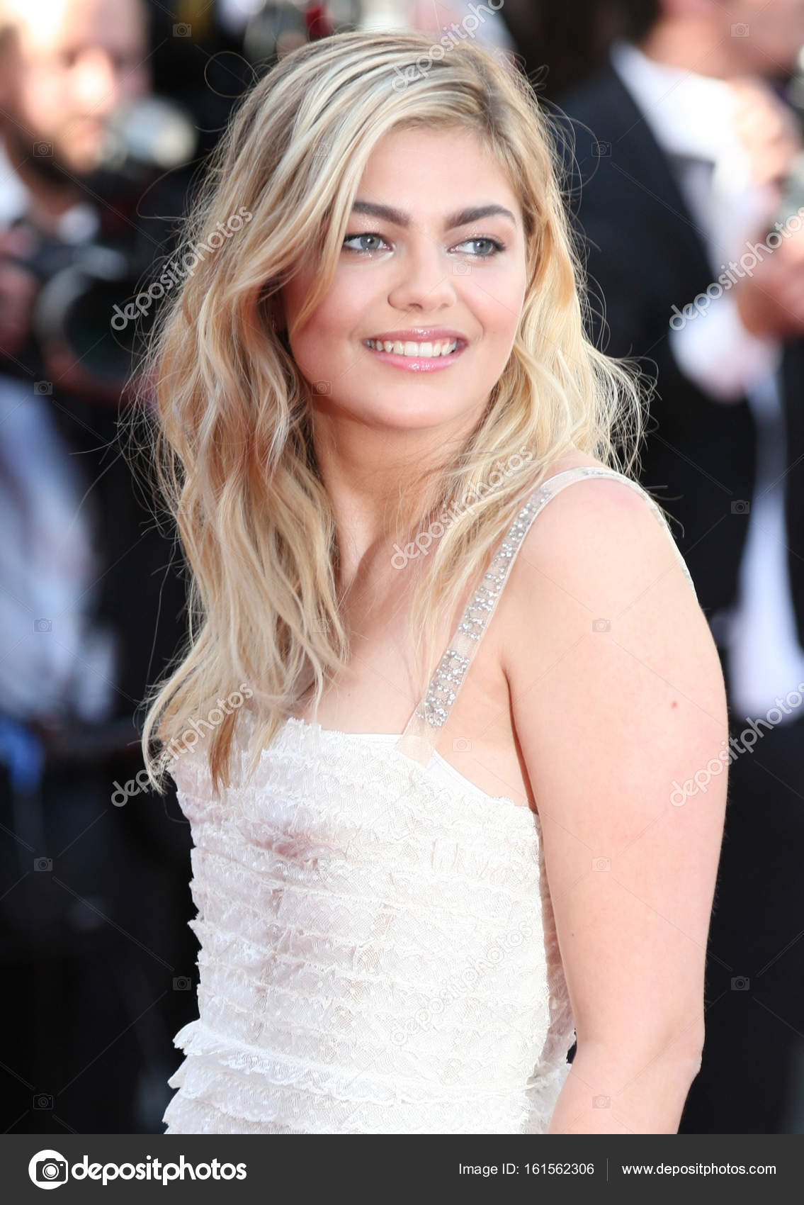 Images Louane Emera nude photos 2019