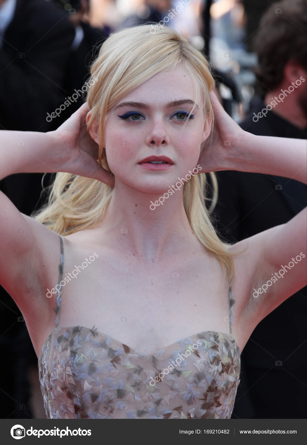 Discussion on this topic: Dimples Romana (b. 1984), elle-fanning/