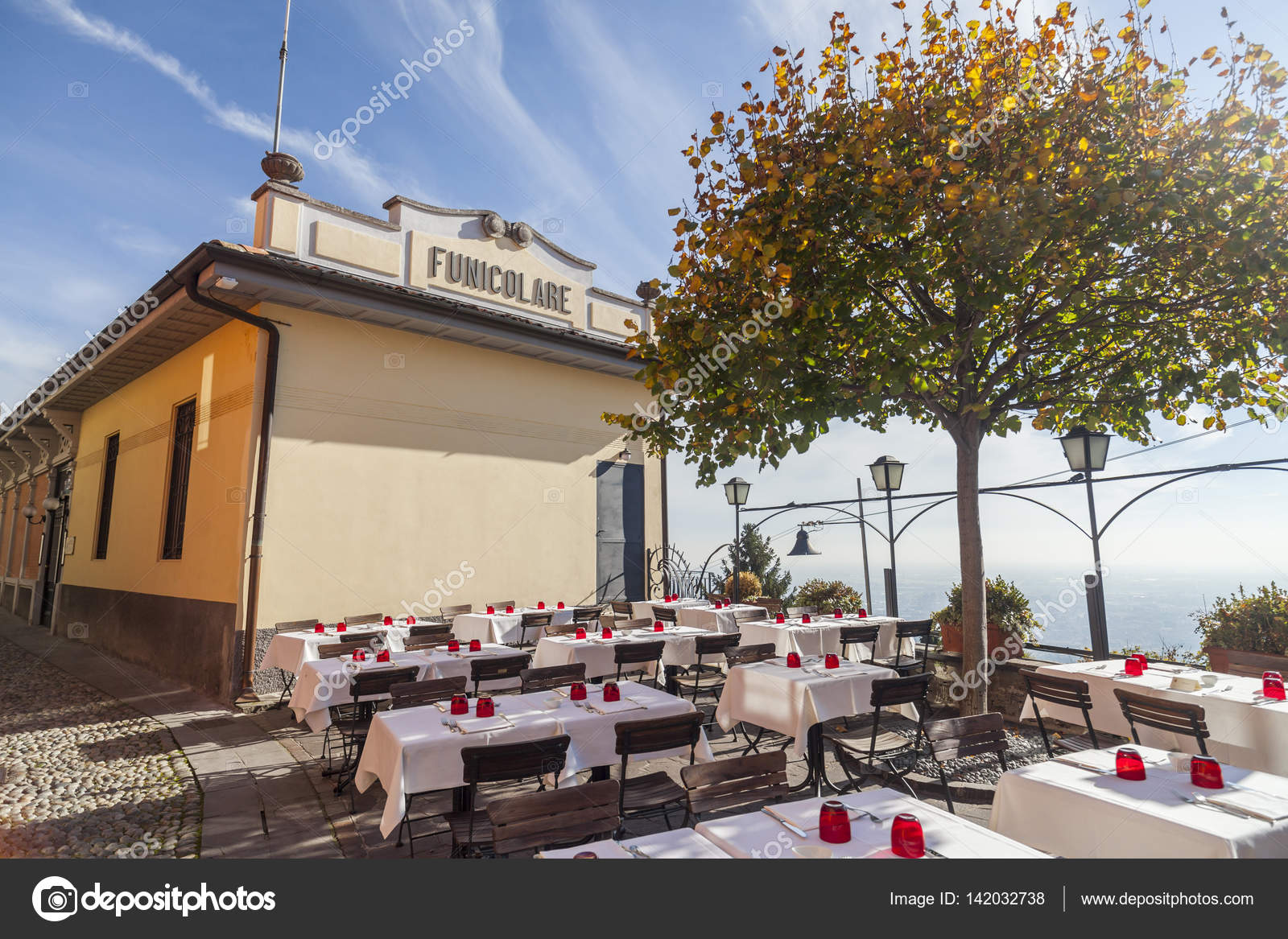 Bergamo Italien November 4 2015 Terrasse Bar Restaurant In