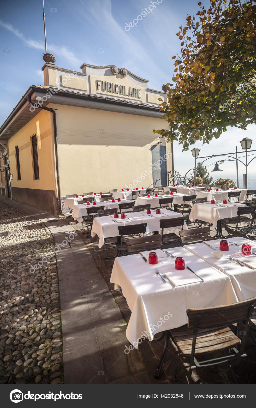 Bergamo Italien November 4 2015 Terrasse Bar Restaurant In