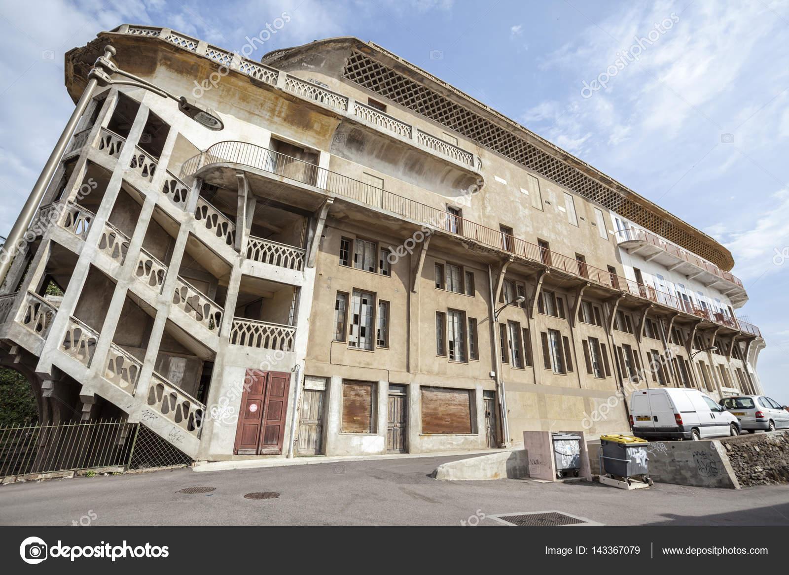 Oude hotel belvedere du rayon vert cerbere france built tussen