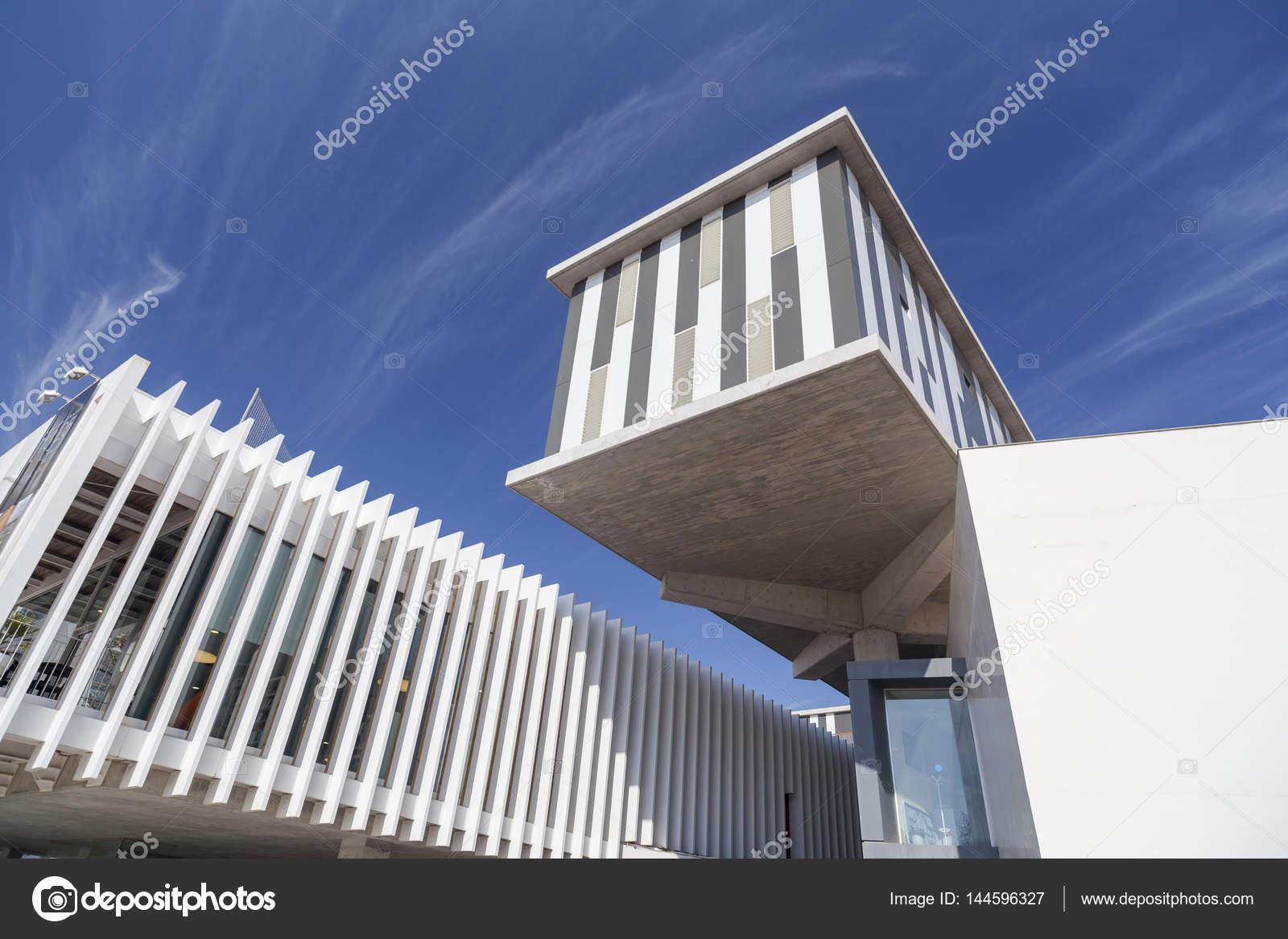 lloret de mar, architecture, bâtiment moderne, complexe culturel