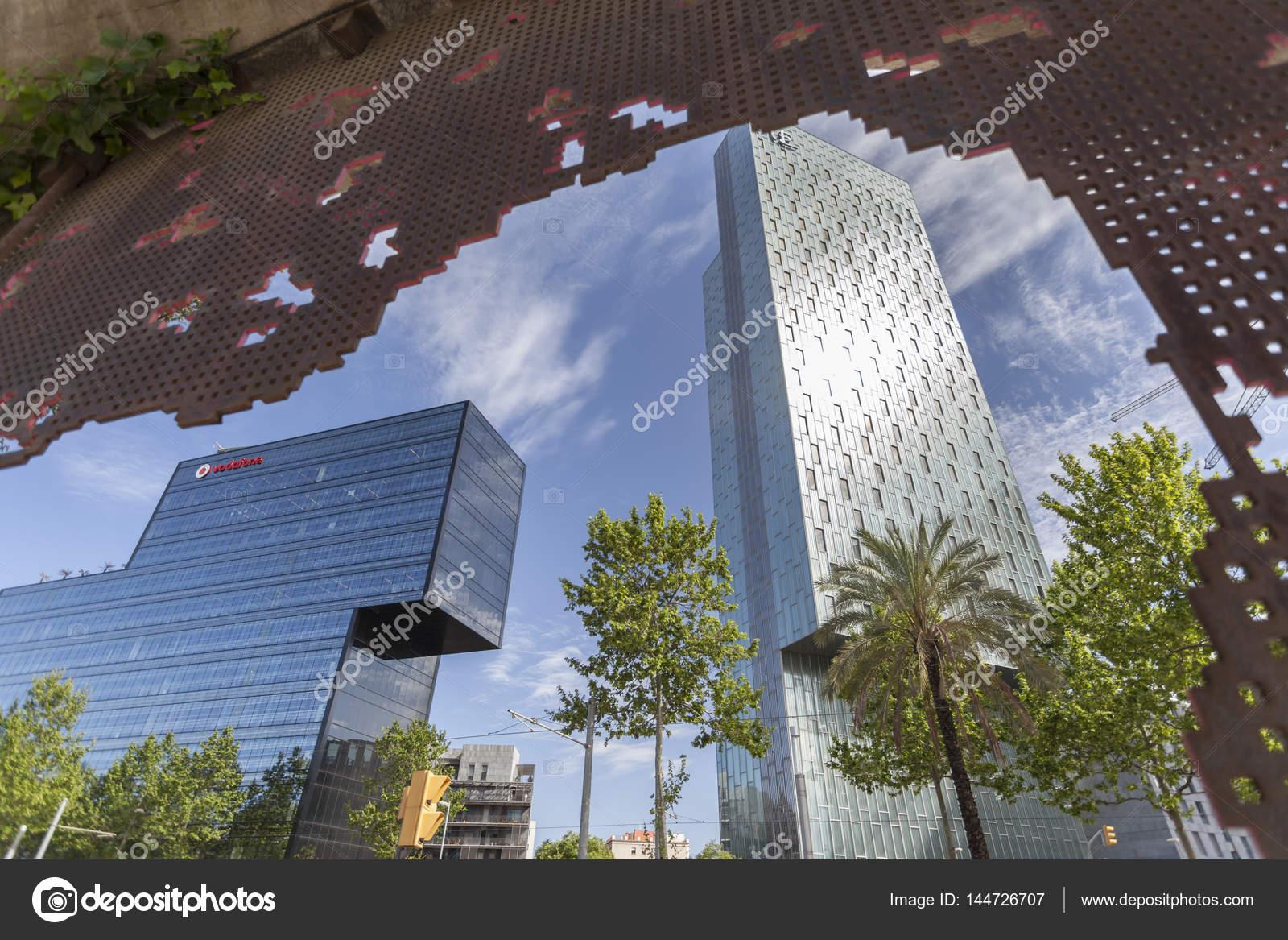 Zeitgenössische Architektur in Barcelona, Bürogebäude D123 de Hines ...