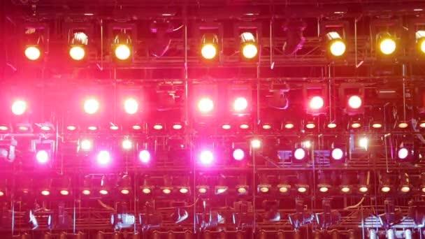Corso per tecnico delle luci con competenze di sound engineering