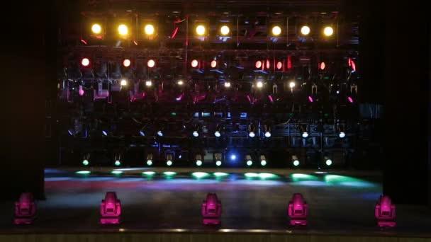 Faretti apparecchiature di illuminazione per il teatro multi