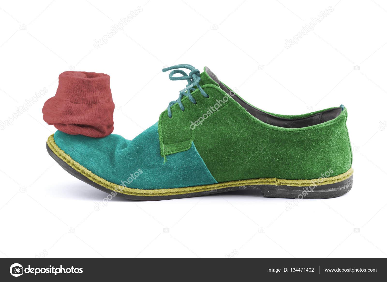 scarpe con il calzino verde