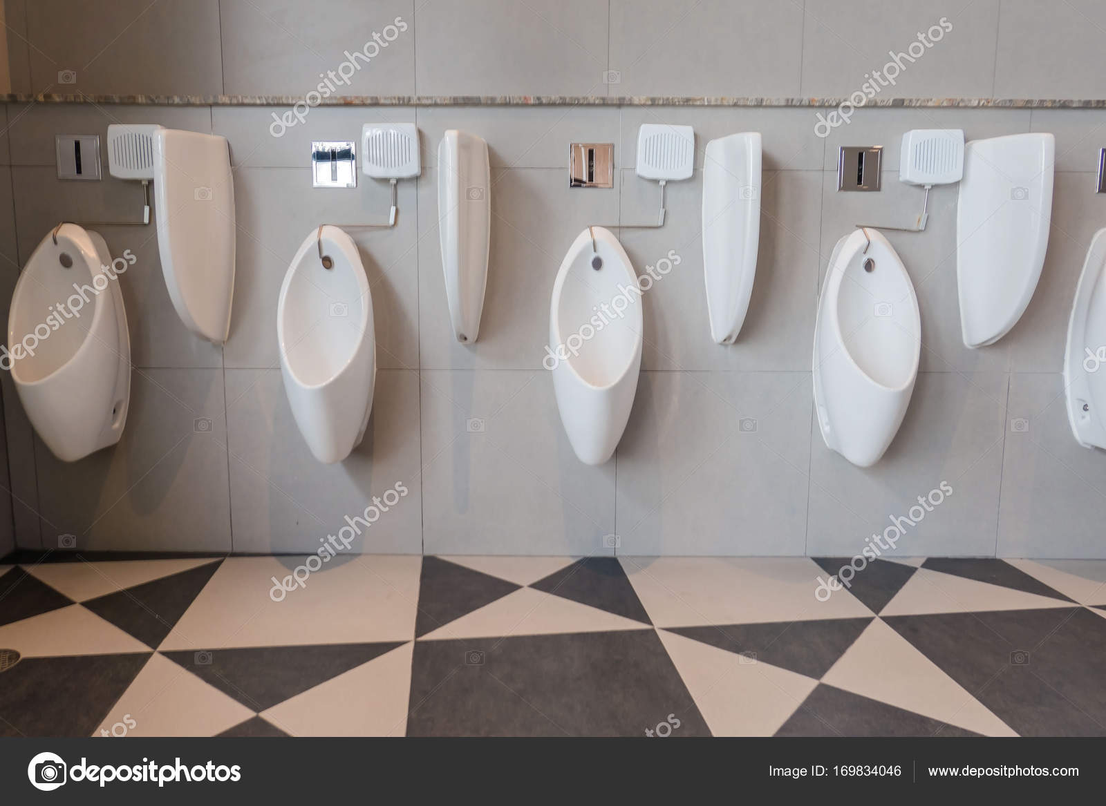 interieur van de moderne wc pot in de badkamer stockfoto