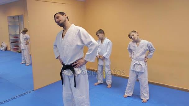 Martial arts oktató képzés gyermekek.