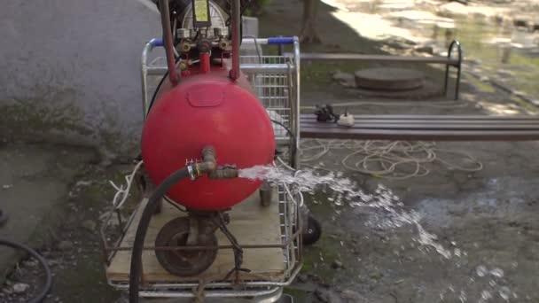 Dodávky vody a oprav. Čištění odpadních vod.