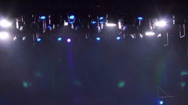 Podium verlichting, schijnwerpers verlicht het werkgebied ...