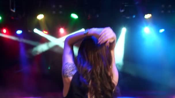 Lány-tánc egy bachelorette party ruha.