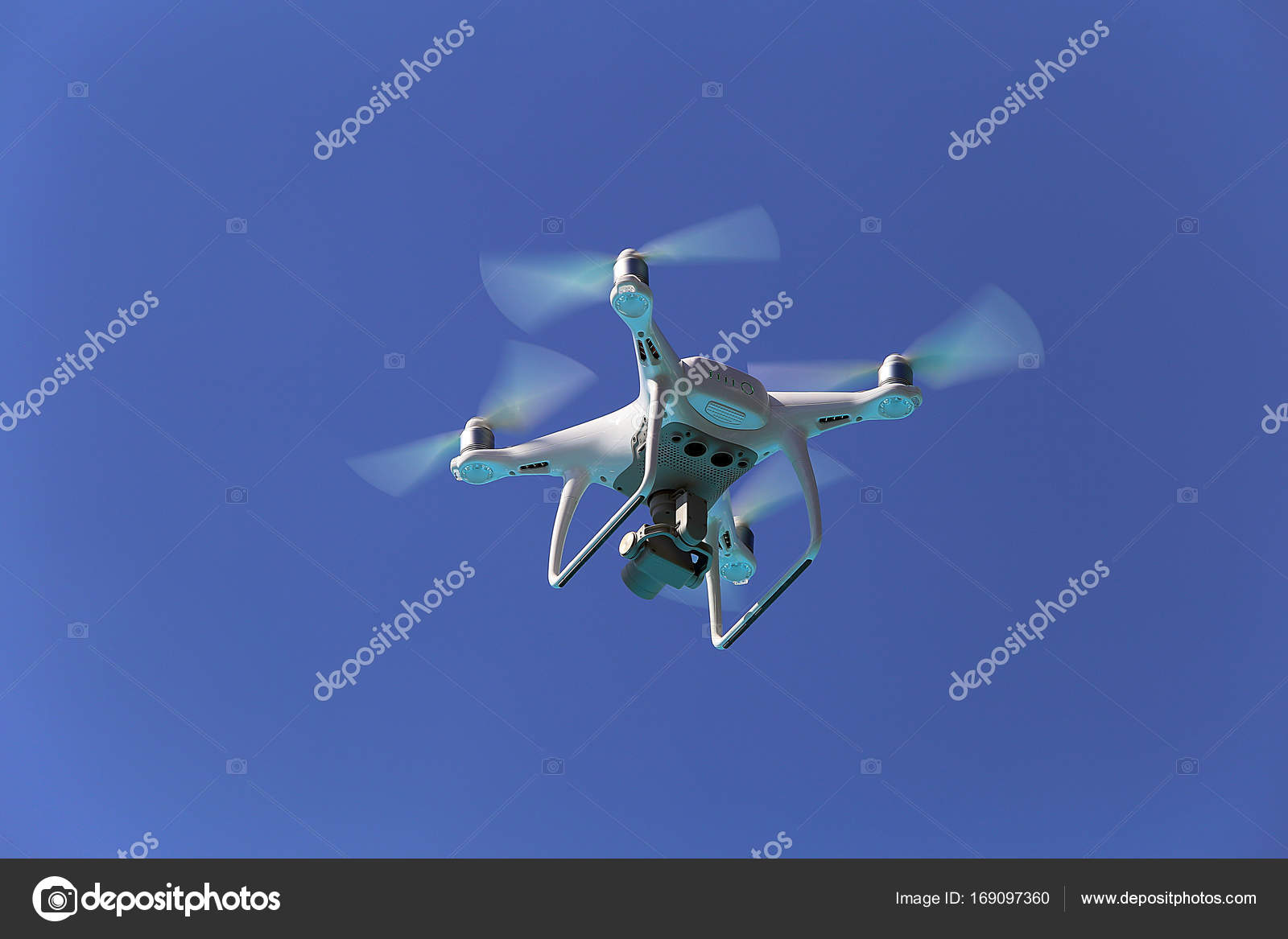 Dji Phantom 5 Drone Fly On A Blue Sky Photo By Msmadu