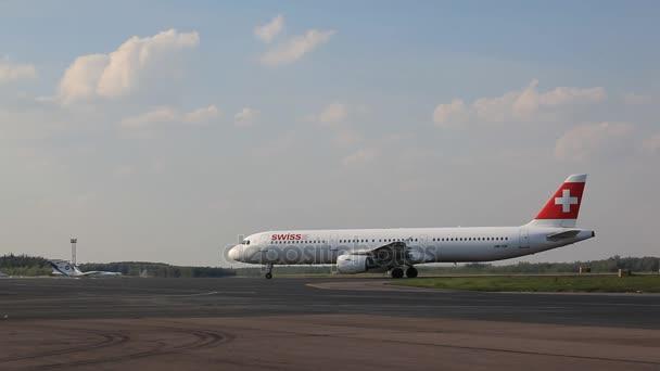 letadlo v Letiště Domodědovo