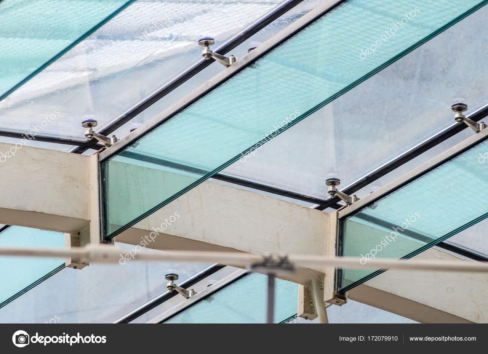Glas Befestigung die befestigung des glasdachs die glas balken stockfoto v sot