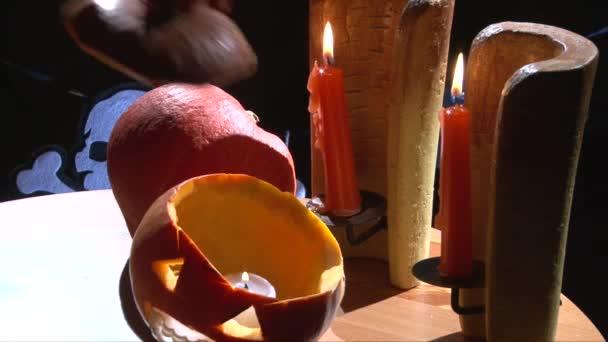Pokrývají halloween Jack O Lantern s horní část dýně