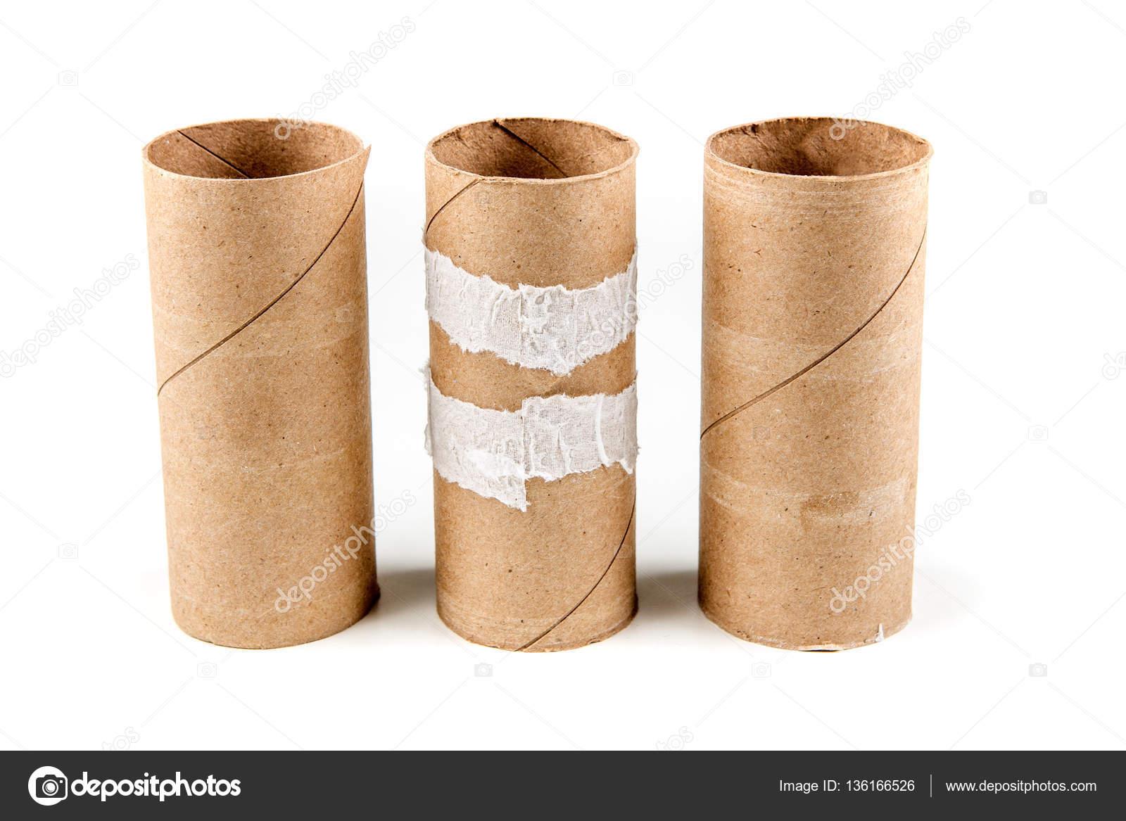 Rotoli Di Carta Igienica : Rotoli di carta igienica vuoto diversi u foto stock ecummings