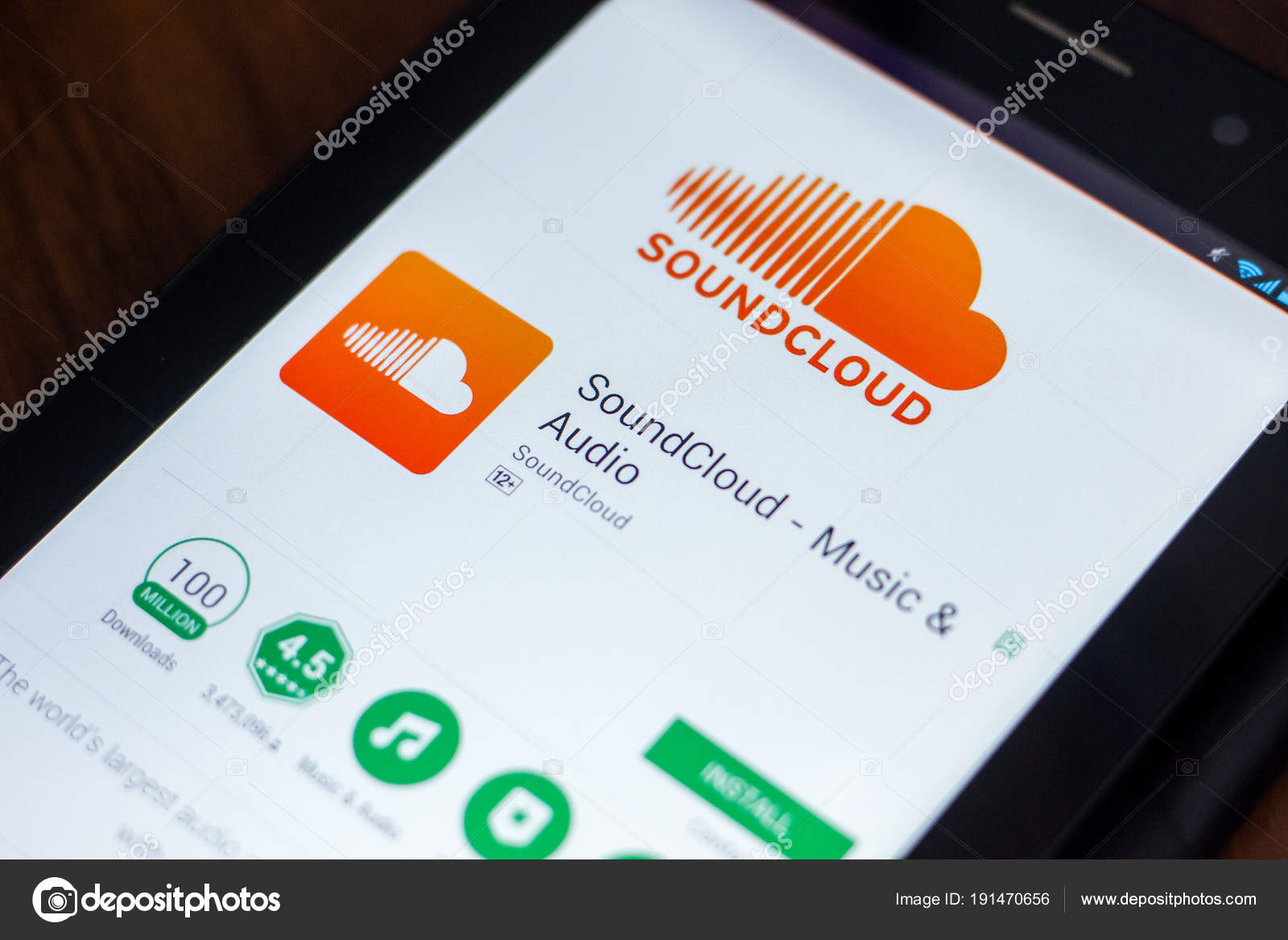 Ryazan Russia March 2018 Soundcloud Mobile App Display