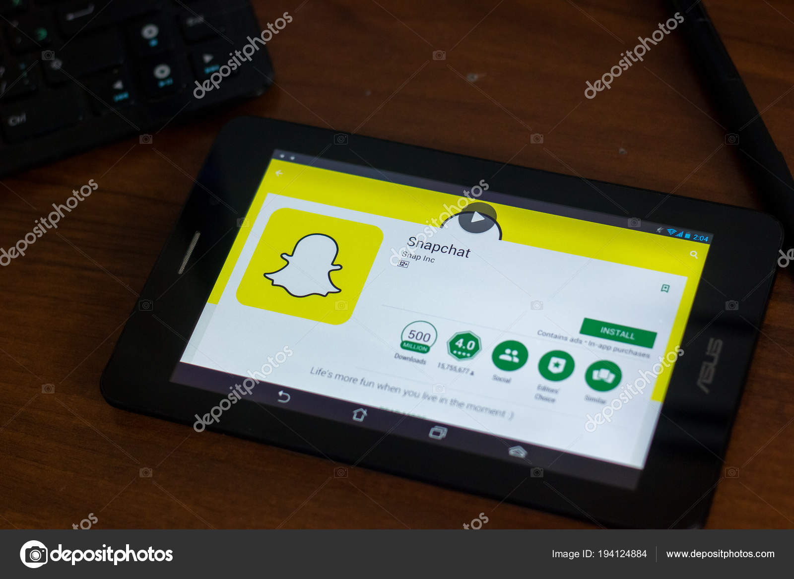 Ryazan Russia March 2018 Snapchat App Display Tablet – Stock