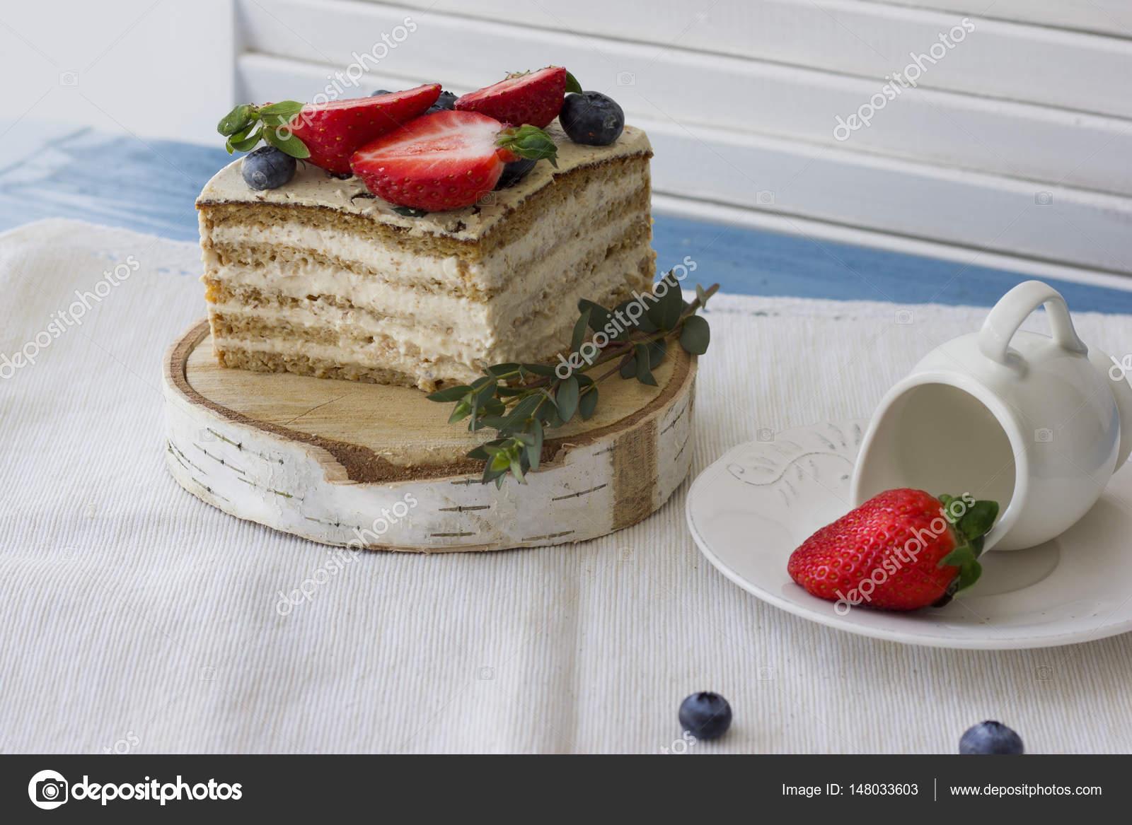 Diat Kuchen Mit Beeren Stuck Kuchen Leckeres Gesundes Dessert