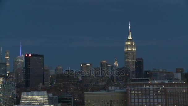 New York v noci a Empire State Building