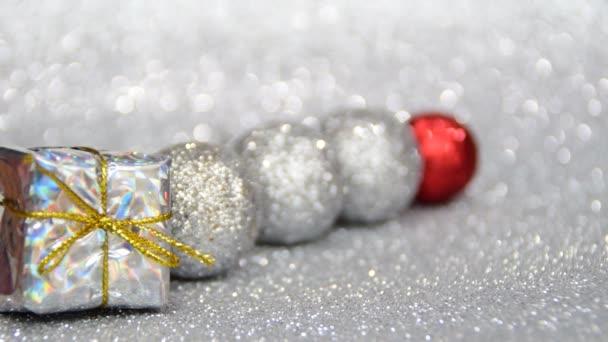 stříbrné a červené nový rok a vánoční dekorace, napište vaše přání