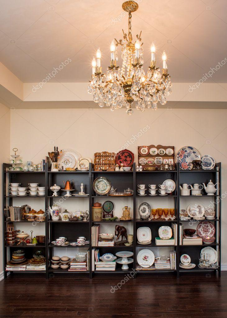 Vintage style möbel esszimmer  Sie Retro / Vintage style Esszimmer ein neues Zuhause — Stockfoto ...