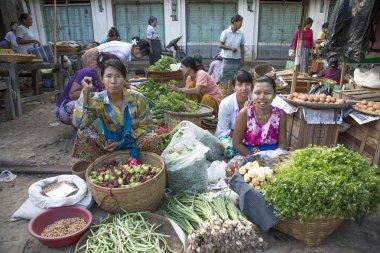 people selling vegetables