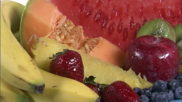 forgó tál vegyes gyümölcs