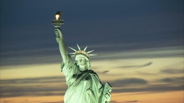 Közelkép Szabadság-szobor