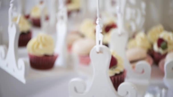 Shabby Chic oslavu dort a koláčky