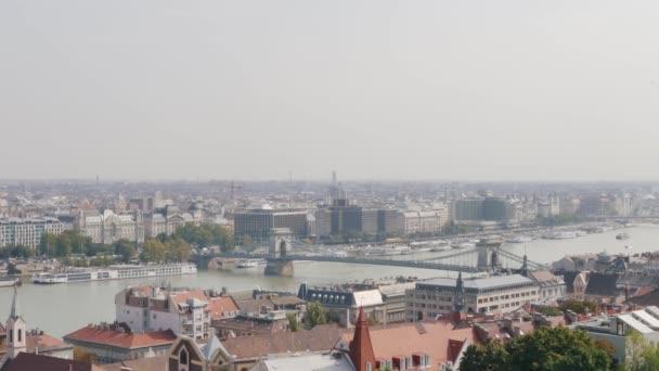 Nézd a Lánchíd. Budapest, Magyarország