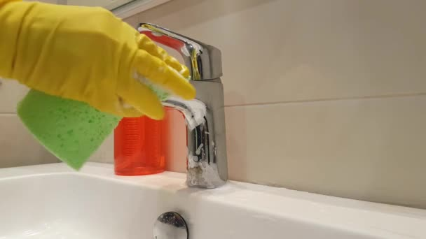 Hände Handschuhe Waschen Das Waschbecken Badezimmer Reinigen ...