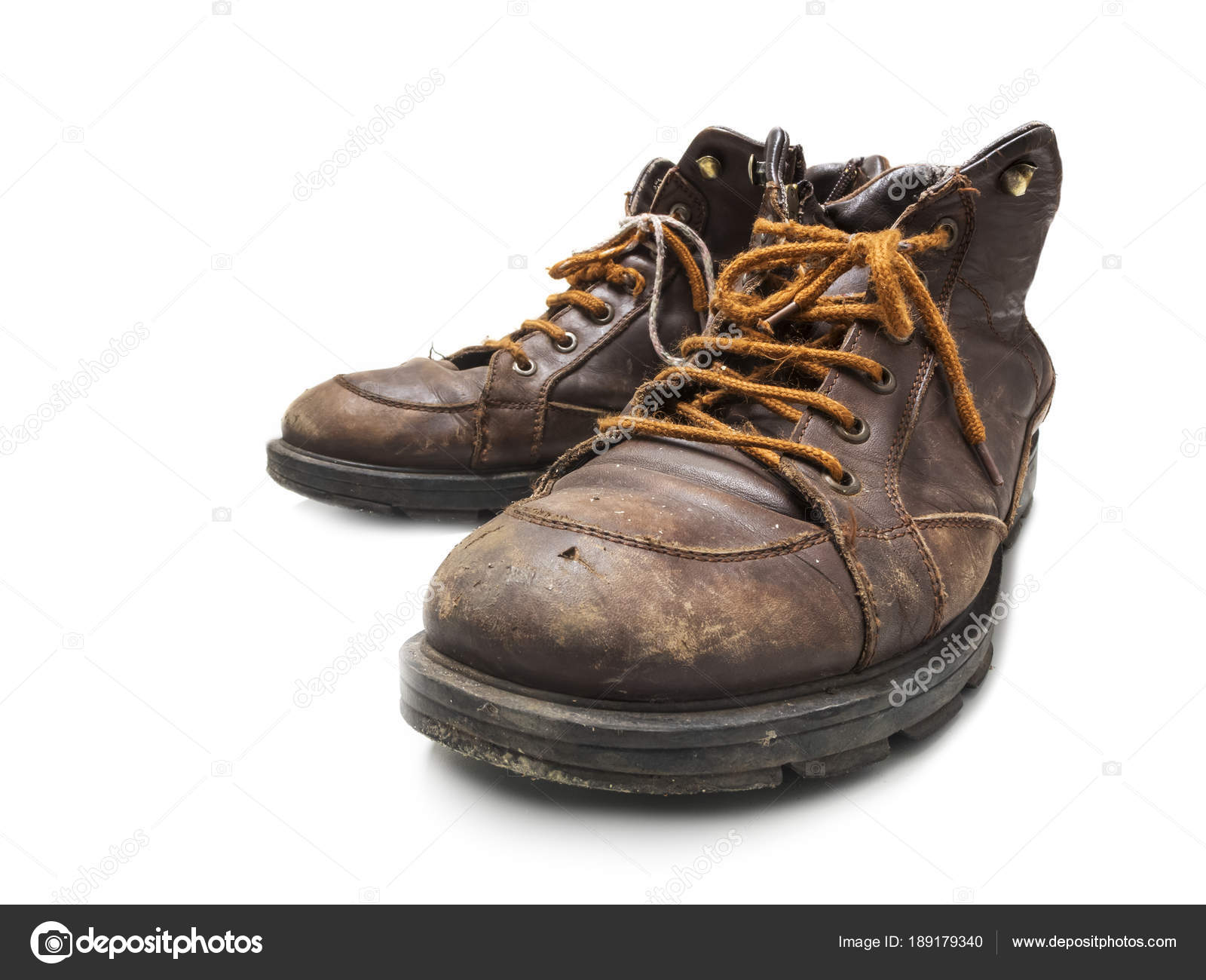 8bb5a3242f95 worn out shoes — Stock Photo © Fotandy  189179340