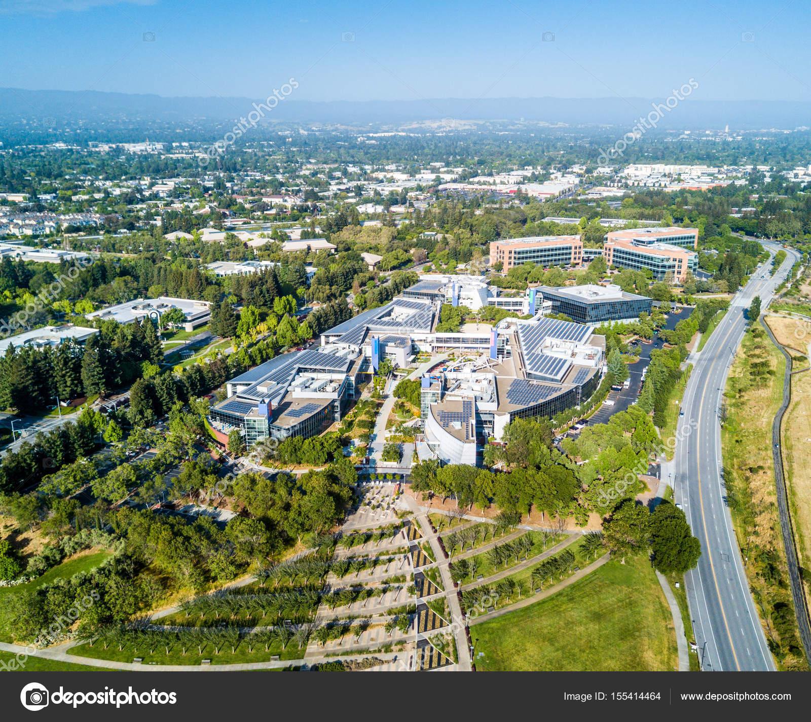 Mountain View Ca Usa 7 maja 2017 Googleplex siedziba Google biurowc³w widziane z g³ry — Zdjęcie od spvvk
