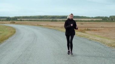 Morning jog attractive young blondie