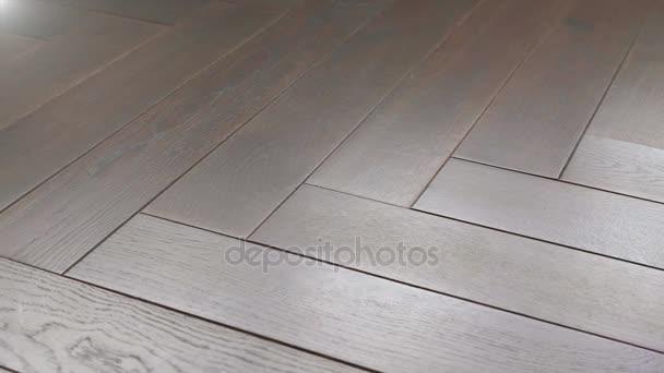 Laminaat Tegels Bruin : Parket vloeren close up bevloering laminaat tegel u2014 stockvideo