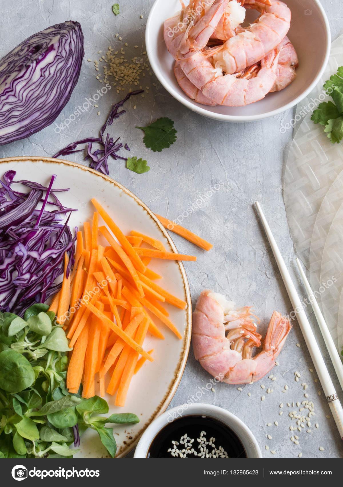 Ingredienti Cucinare Involtini Primavera Carote Insalata Mais Cavolo