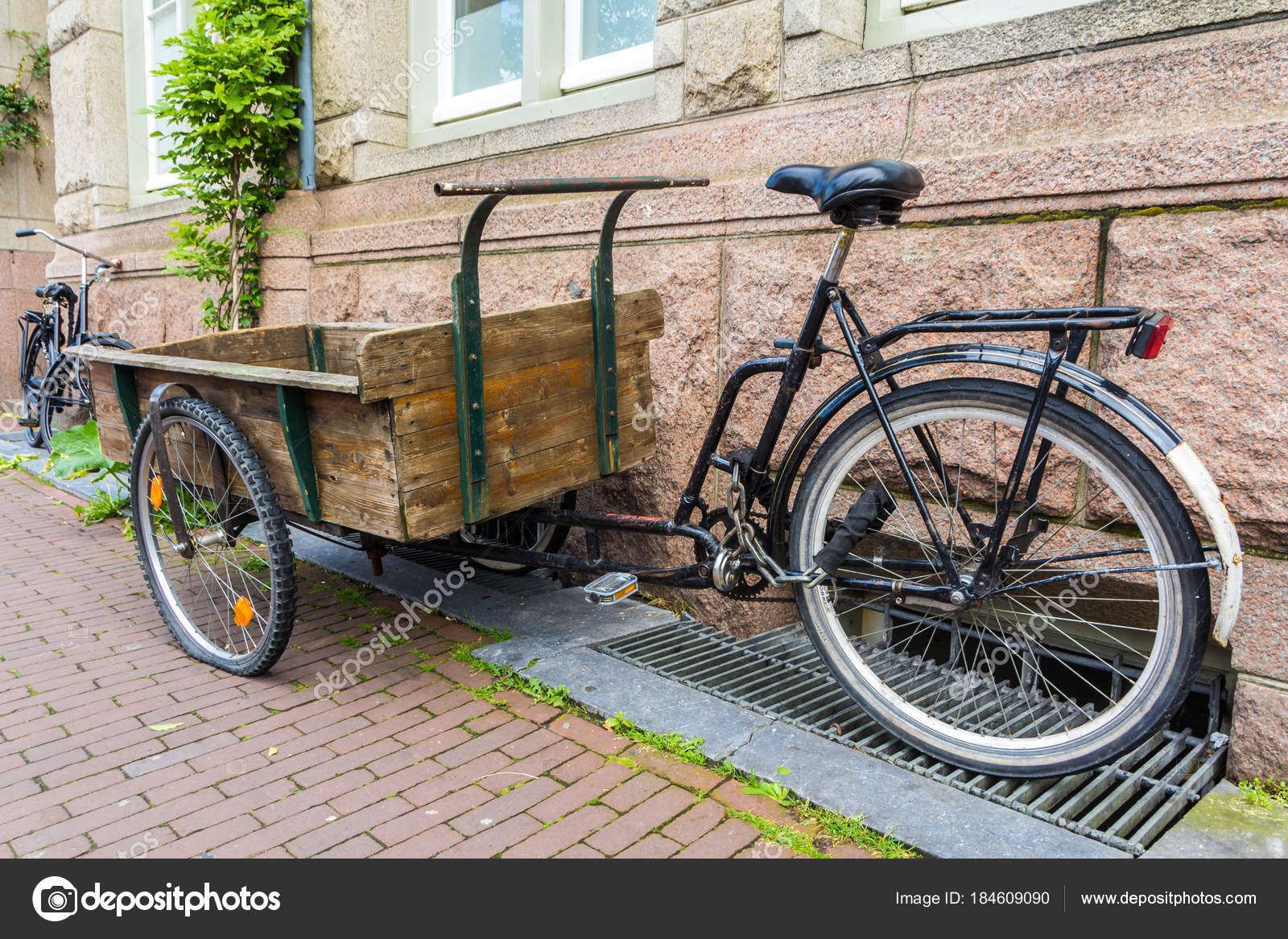 Amsterdam Niederlande August 2017 Hölzerne Handwagen Auf ...